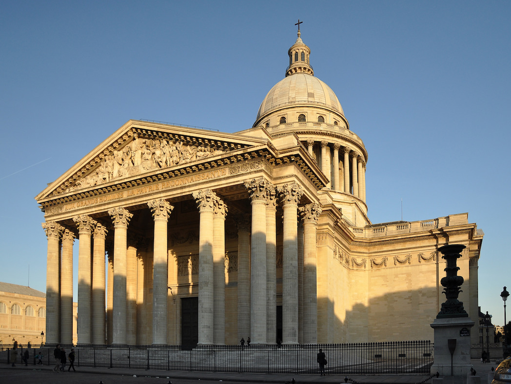 Paris in the day of Simone Veil