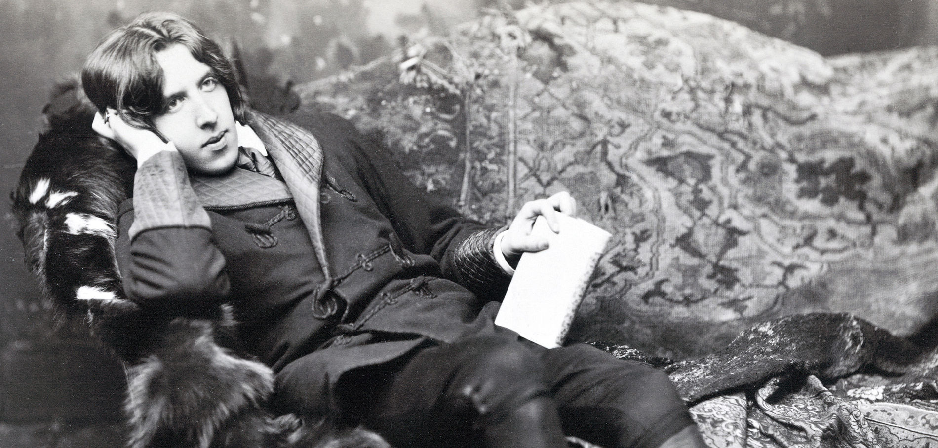 Oscar Wilde: Splendour and Misery of a Poet at the Petit Palais
