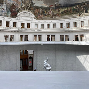 la Bourse de commerce, le nouveau lieu de l'art contemporain !