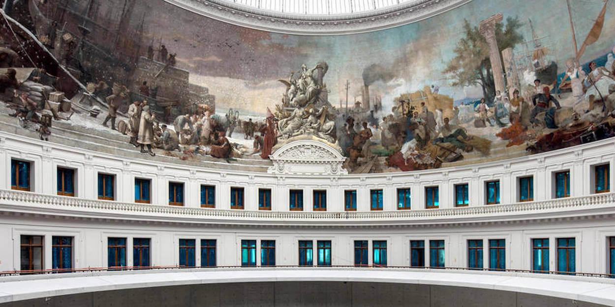 The Bourse de Commerce is the new venue for modern Art!