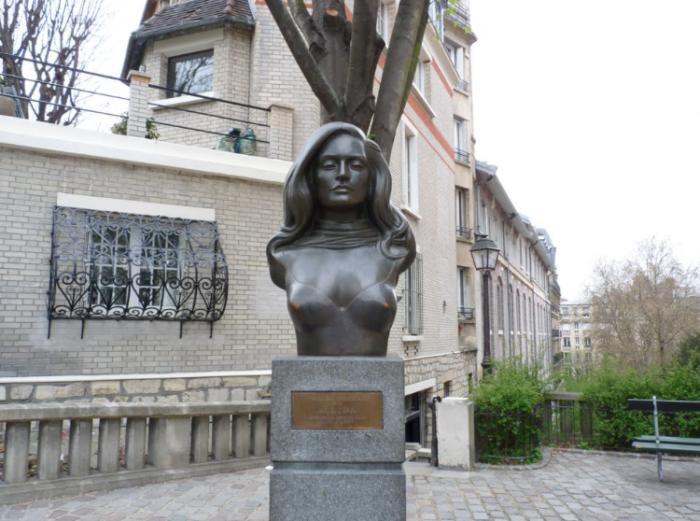 Dalida Montmartre par Esprit de France