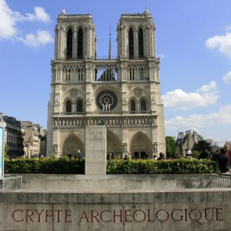 Crypte archéologique par Esprit de France
