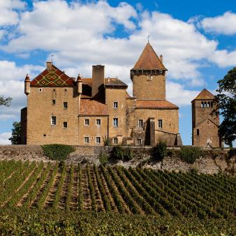 Château de Pierreclos Macon Bourgogne par Esprit de France