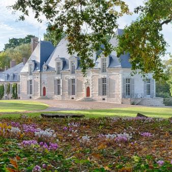 château des grotteaux par Esprit de France