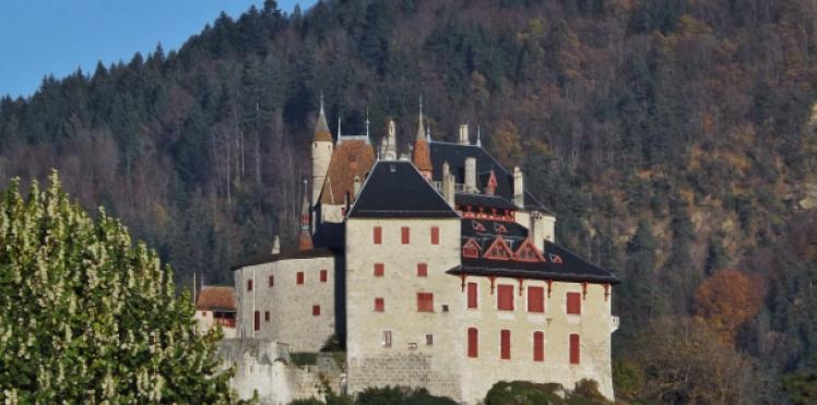 Château de Menthon - Abbaye de Talloires par Esprit de France