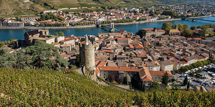 visit-the vineyards in-ardeche-esprit-de-france