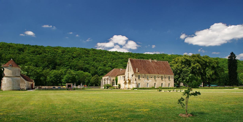 abbaye-de-reigny-esprit-de-france