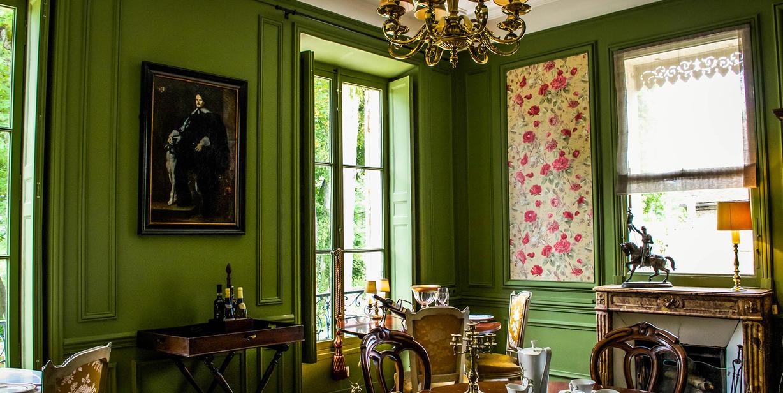 chateau-de-picheny.salle à manger
