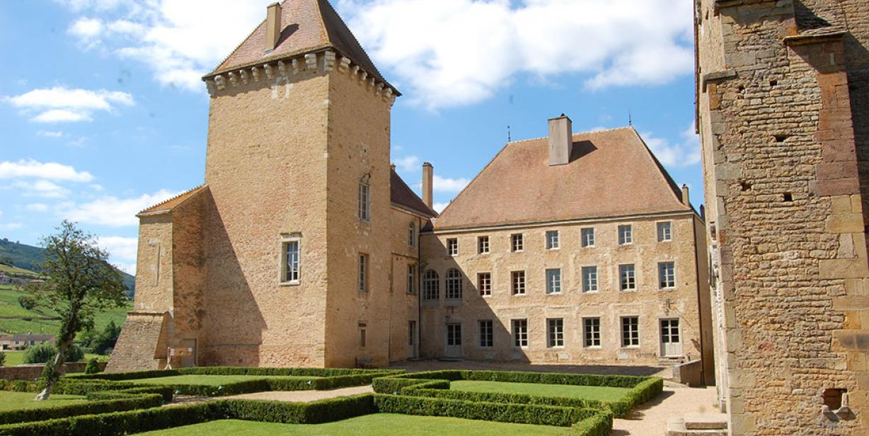 chateau-de-pierreclos-macon-bourgogne.