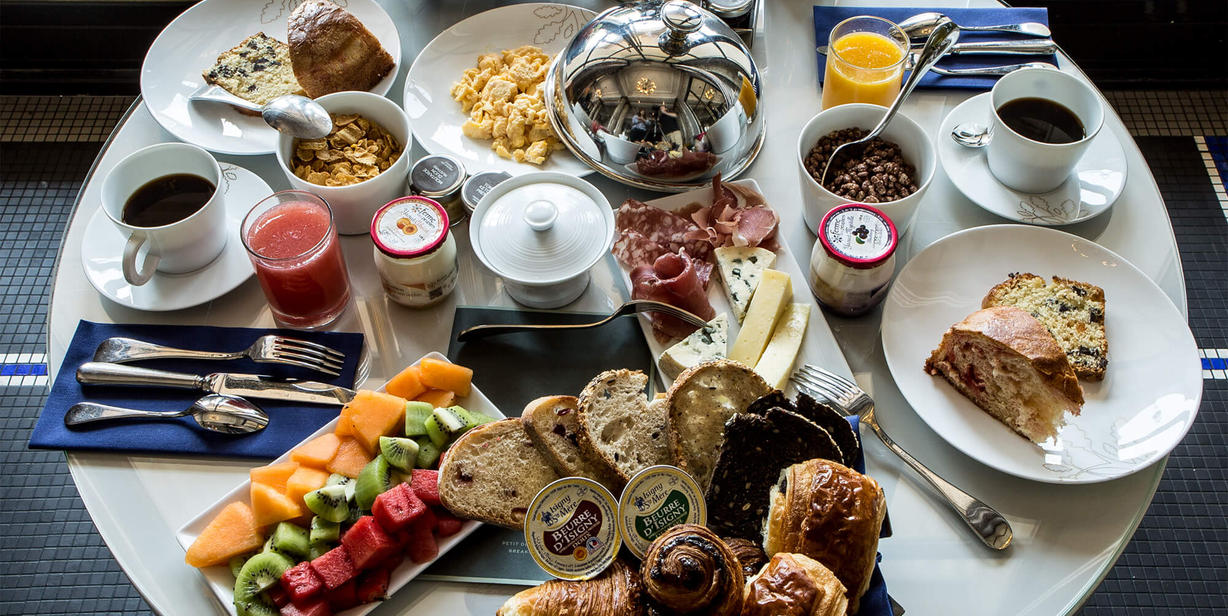 breakfast-hotel-paris-75001