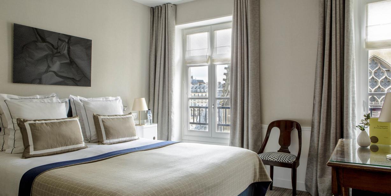 Hotel close to the Louvre - Hotel de la Place du Louvre