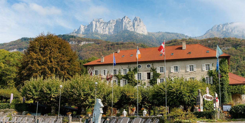 Abbaye de Thalloires vue lac d'Annecy par Esprit de France 3
