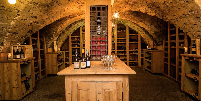 Cave Abbaye de Thalloires par Esprit de France