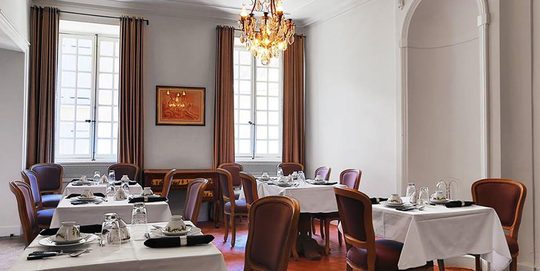hotel-de-la-villeon par Esprit de France